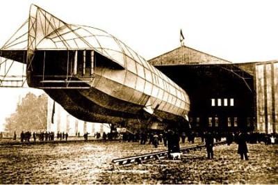 Luftschiffhafen1913HansaHalle